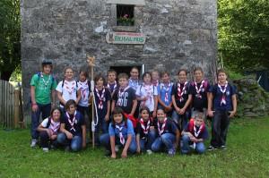 foto di gruppo davanti all'azienda agricola